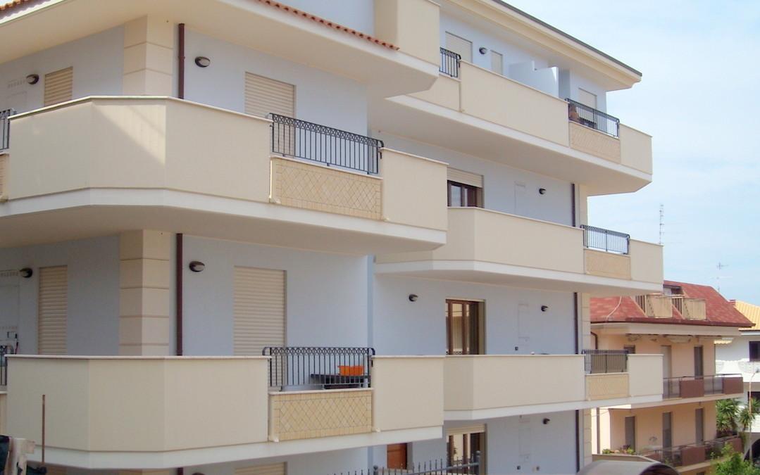 Condominio via Boccaccio  Roseto degli Abruzzi, Teramo – Fabbricato residenziale formato da n°10 unità immobiliari, un piano interrato e quattro fuori terra