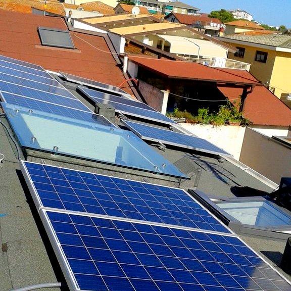 Realizzazione impianto fotovoltaico in via Garibaldi – Roseto