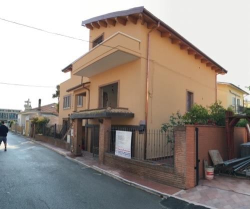 Ristrutturazione completa Via Egeo, Roseto